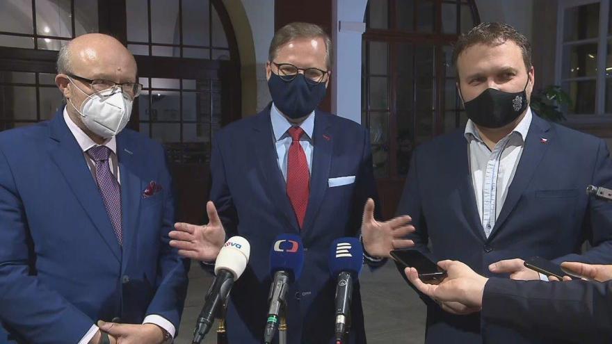 Video Prohlášení účastníků jednání mezi vládou a opozicí