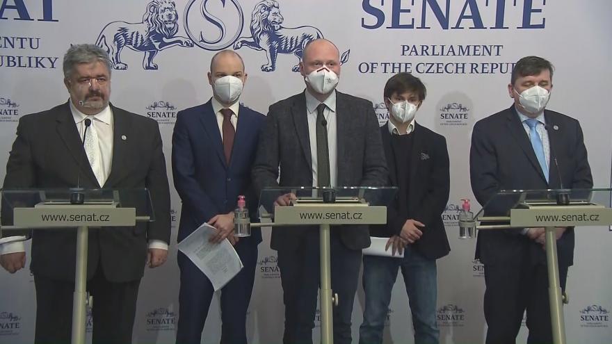 Video Brífink senátorů k nálezu Ústavního soudu
