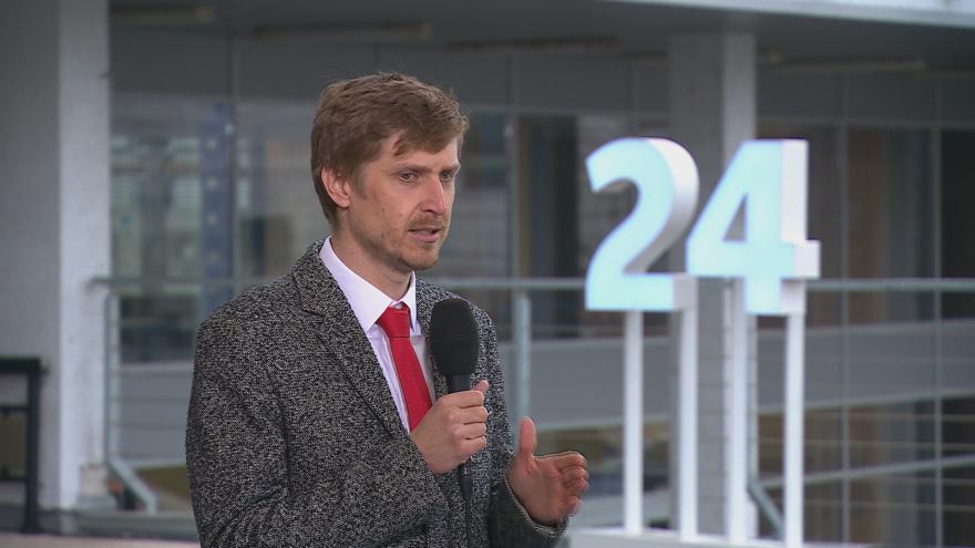 Video Studio ČT24: Právník Peškar k povinnému testování ve firmách