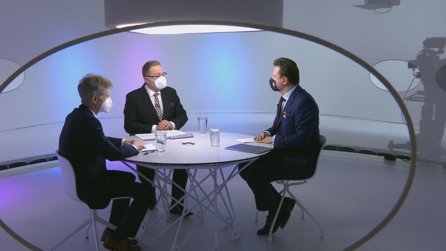Video Radek Vondráček (ANO) a Miloš Vystrčil (ODS) v Otázkách Václava Moravce