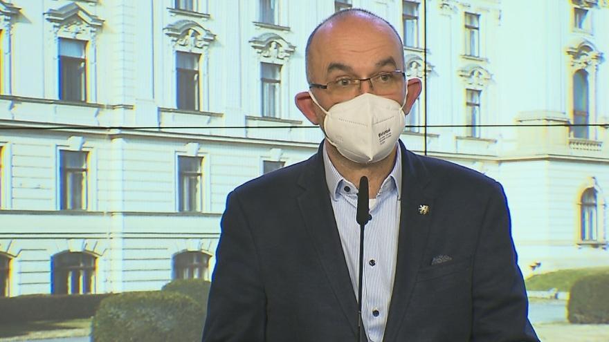 Video Brífink po jednání vlády 18. března