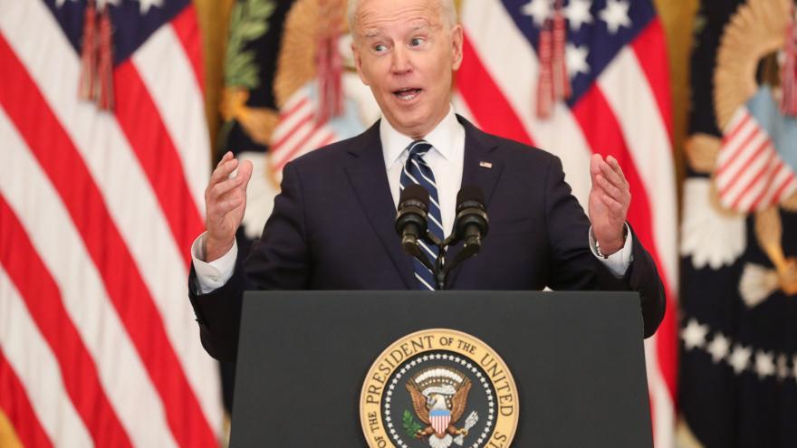 Video První tisková konference amerického prezidenta Joea Bidena