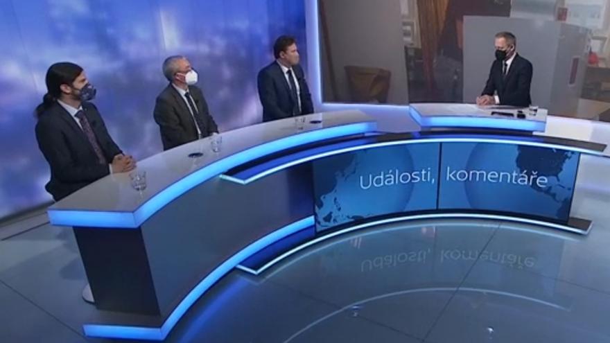Video Hosty Událostí, komentářů byli Radek Vondráček (ANO), Marek Benda (ODS) a Vojtěch Pikal (Piráti)