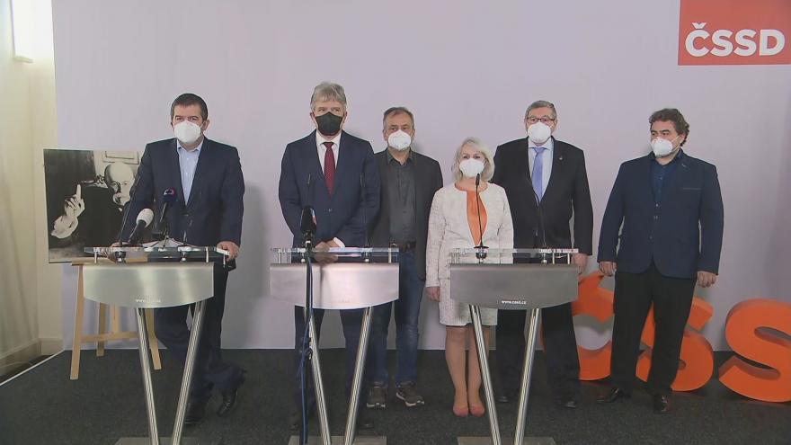 Video Brífink sociálních demokratů po sjezdu strany