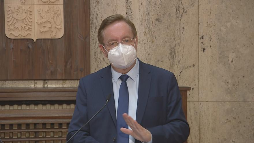 Video Brífink ministra zdravotnictví Arenbergera k vývoj epidemie covidu-19 v Česku