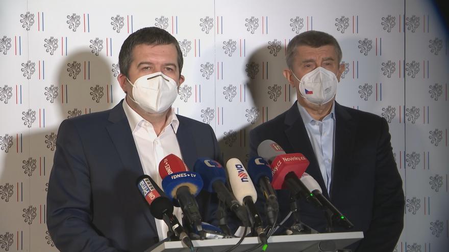 Video Brífink premiéra Babiše a vicepremiéra Hamáčka k novým informacím ohledně výbuchů ve Vrběticích