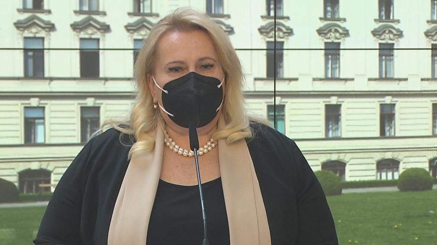 Video Brífink premiéra Babiše a ministryně Dostálové k podání žádosti o dotace do zdravotnictví
