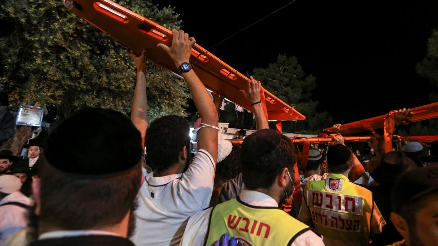 Video Policejní záběry z tlačenice v izraelském poutním městě Merenu