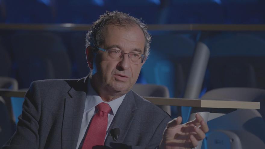 Video Rozhovor s Cyrilem Höschlem