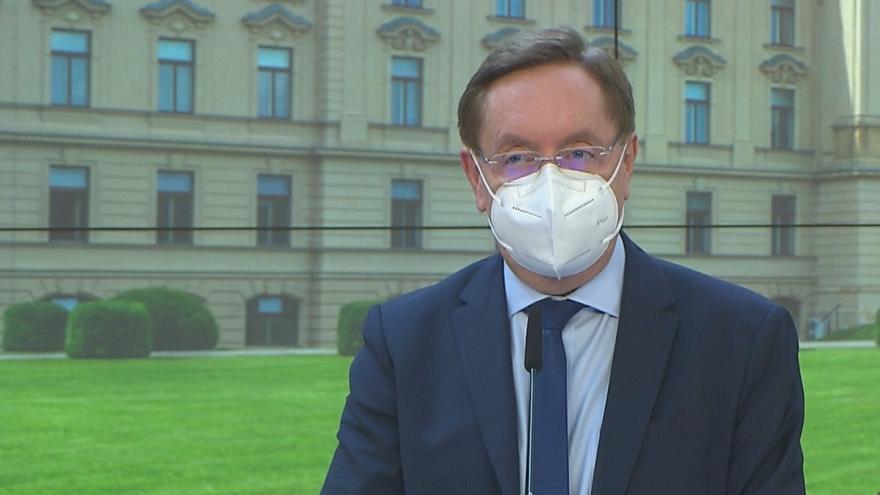 Video Brífink po jednání vlády 3. května