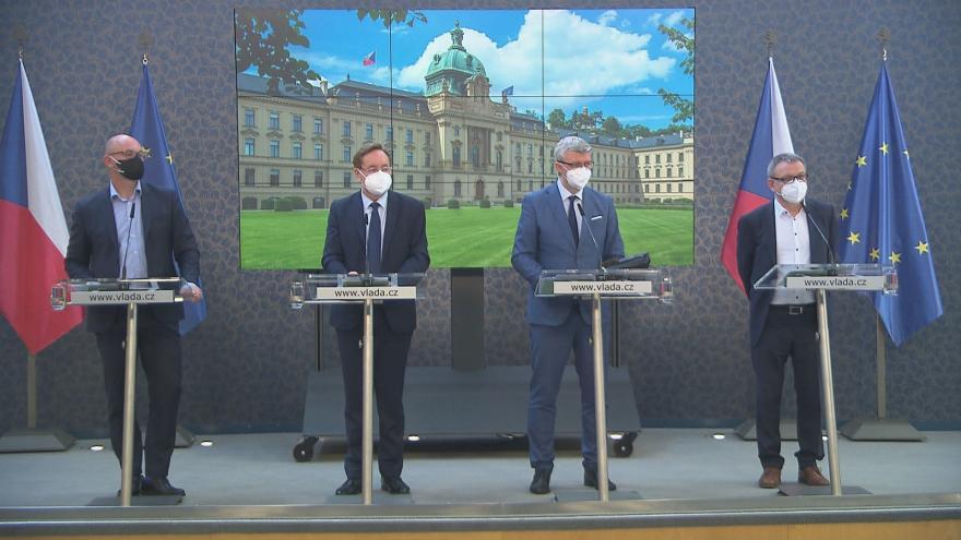 Video Brífink po jednání vlády 10. května