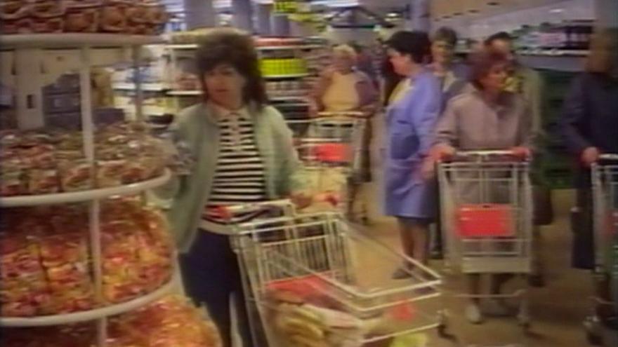 Video První supermarket v Československu