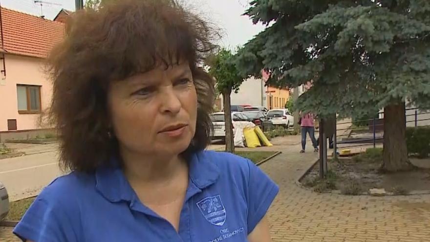 Video Starostka Dolních Bojanovic o likvidaci škod po nočních bouřkách