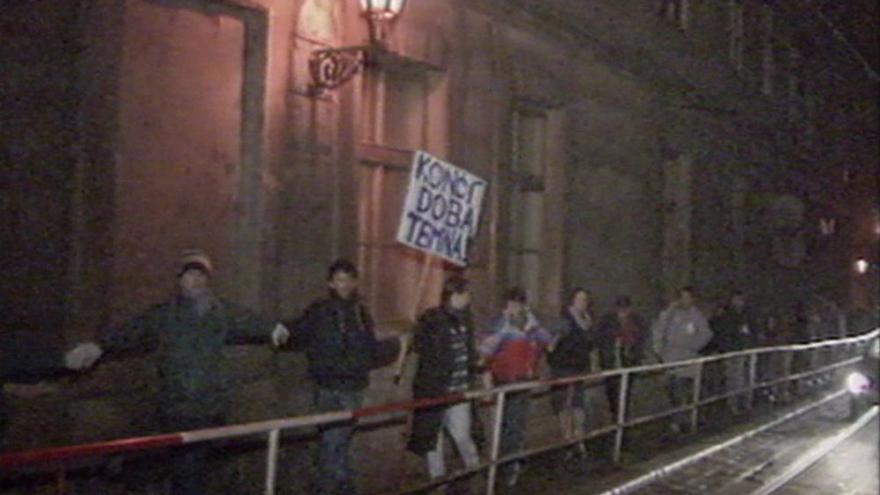 Video V Praze byl podepsán protokol o zrušení Varšavské smlouvy