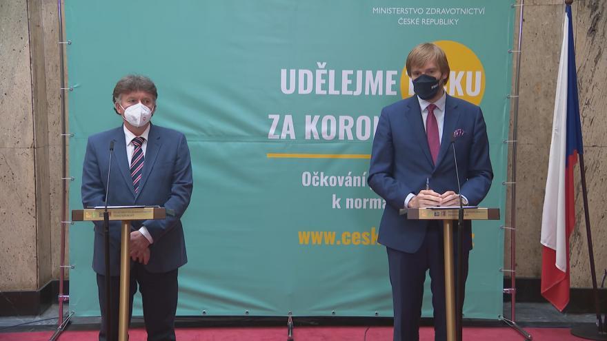 Video Brífink ministra zdravotnictví Vojtěcha a prezidenta České lékařské komory Milana Kubka ke spolupráci při řešení pandemie