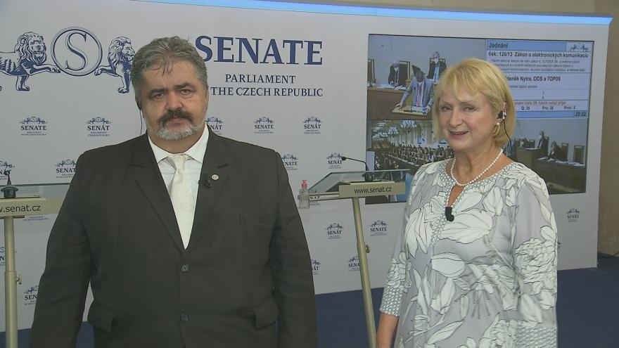 Video 90' ČT24 - Ústavní právo na obranu se zbraní