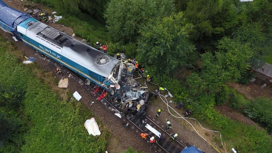 Video 90' ČT24 - Tragická srážka vlaků na Domažlicku