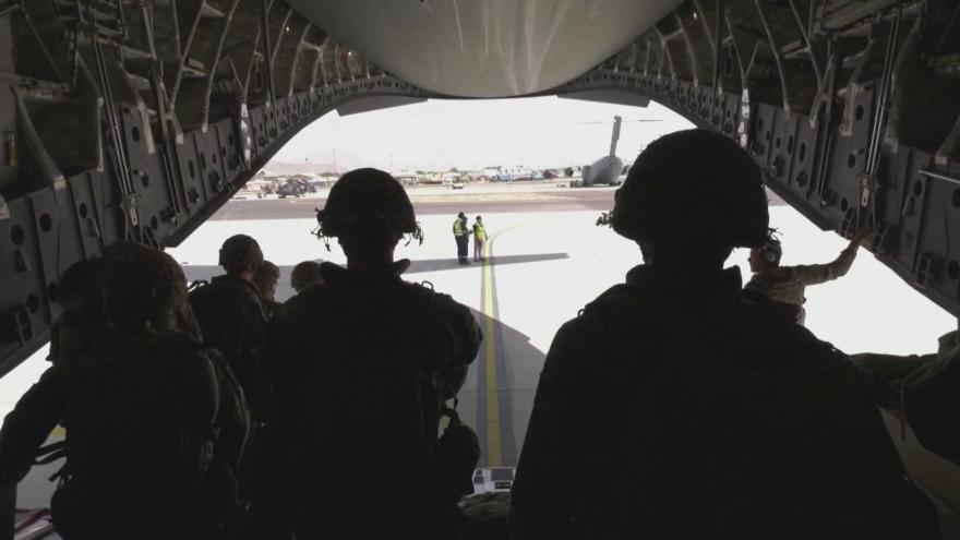 Video Studio ČT24 - Talibán přebírá moc v Afghánistánu