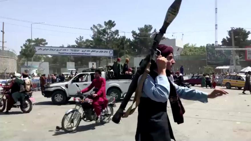 Video Mimořádné pořady ČT24 - Chaos a strach v Afghánistánu