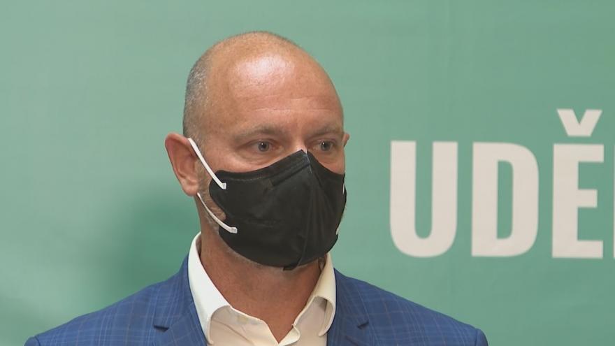 Video Brífink ministra Plagy a ministra Vojtěcha k epidemiologickým opatřením v novém školním roce