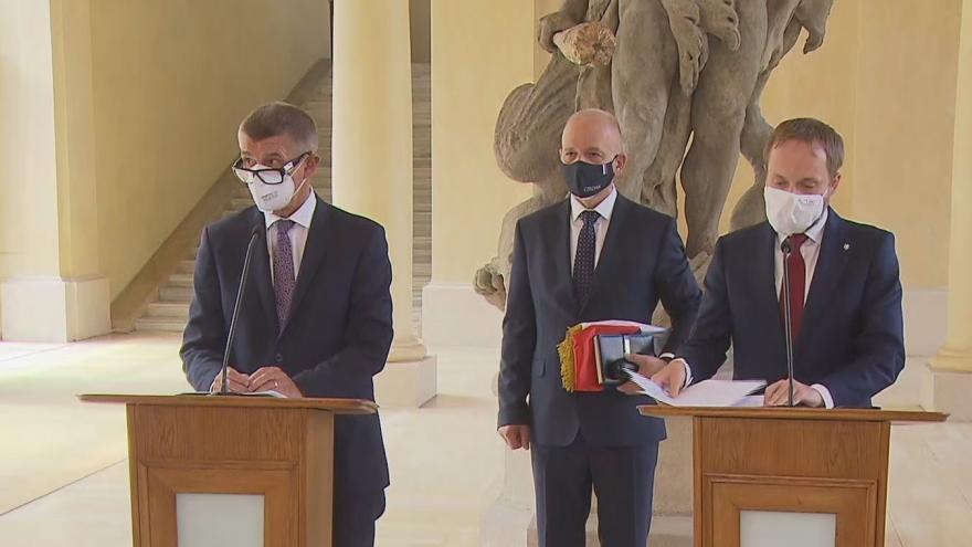 Video Brífink premiéra a ministra zahraničí k evakuaci Čechů a spolupracovníků z Afghánistánu