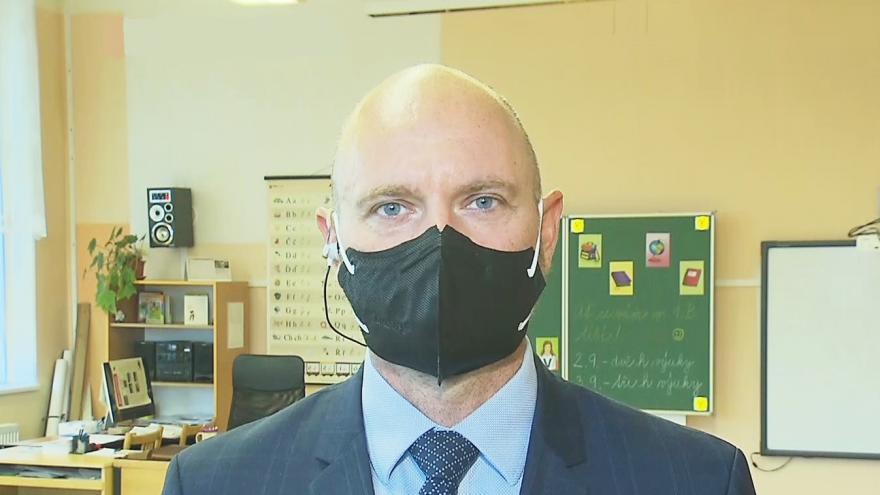 Video Ministr školství Robert Plaga o protiepidemických opatřeních ve školách