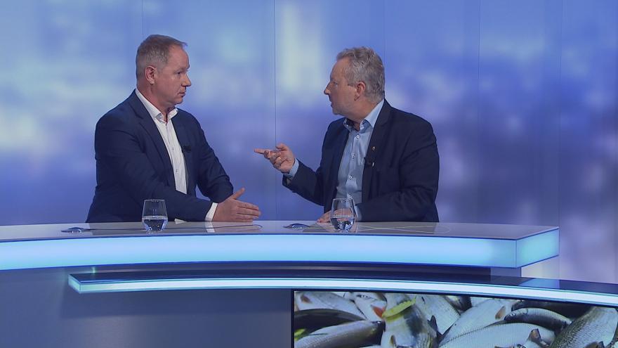 Video UK: Ministr Brabec a poslanec Gazdík o kauze Čapí hnízdo, pokutám za důl Turów a vyšetřování havárie na Bečvě
