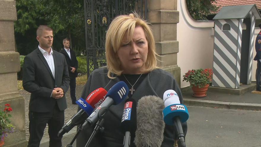Video Ministryně financí Alena Schillerová po jednání s prezidentem z 22. září