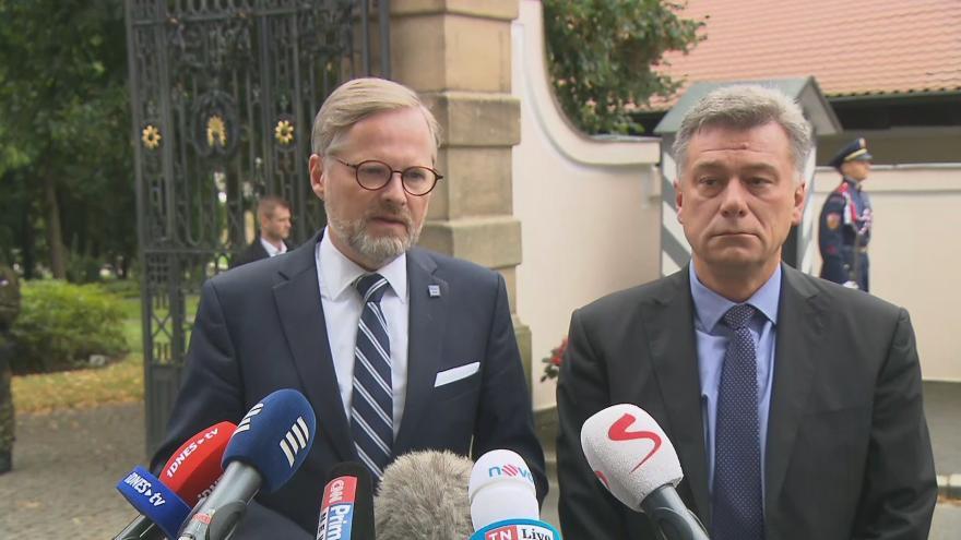 Video Brífink předsedy ODS Petra Fialy po jednání s prezidentem Zemanem