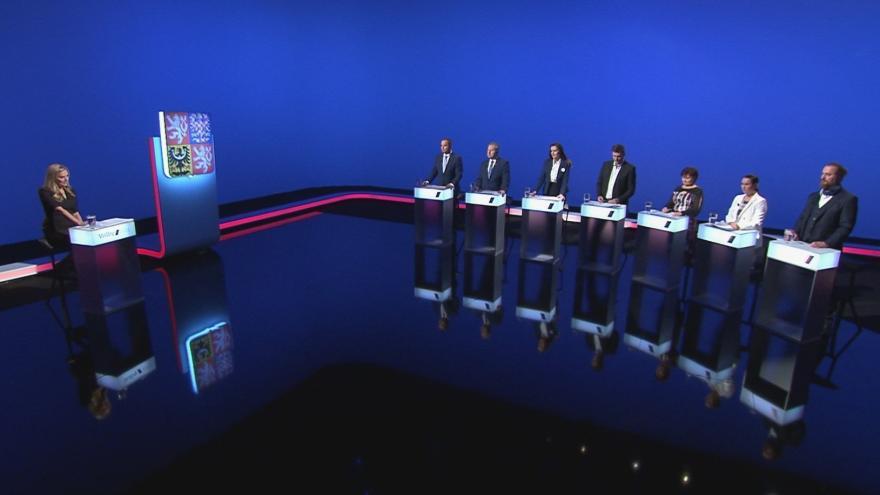Video Volební lídři Jihočeského kraje diskutovali o důchodech v předvolební debatě ČT24