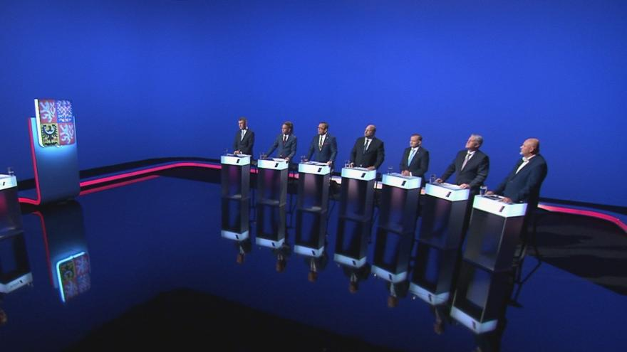 Video Volební lídři Ústeckého kraje debatovali v předvolební debatě ČT24 o očkování a stavu zdravotnictví