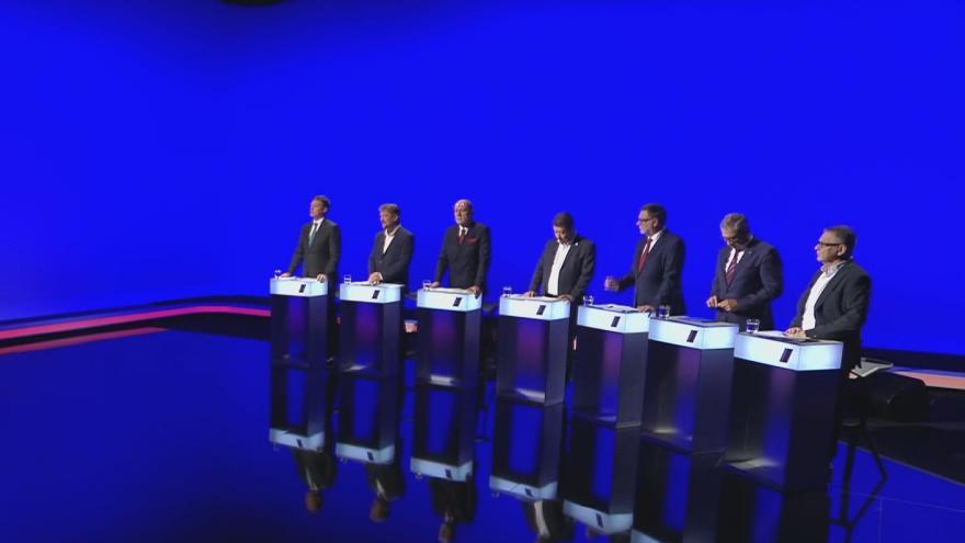 Video Lídři Moravskoslezského kraje řešili Českou poštu v předvolební debatě ČT24