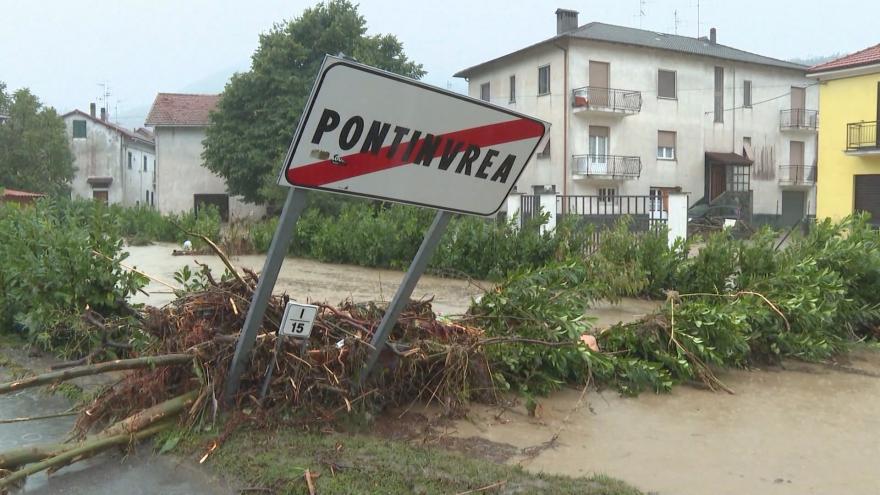 Video Sever Itálie zasáhly přívalové deště a záplavy. Hrozí sesuvy půdy