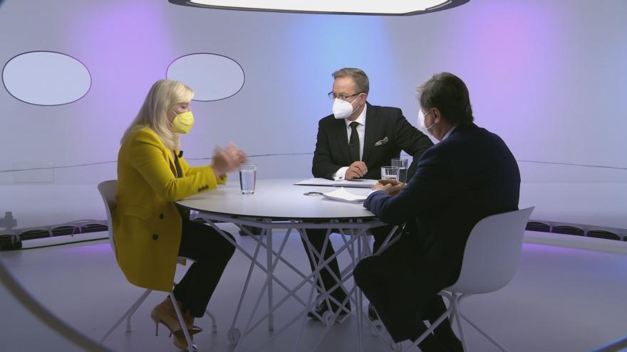 Video Otázky Václava Moravce - Kdo vládne střední Evropě a proč?