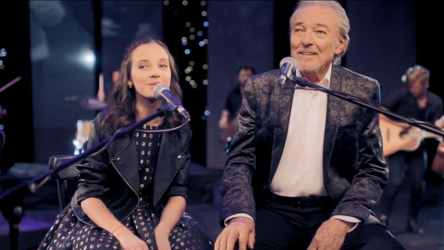 Video Klip Karla Gotta a jeho dcery Charlotte Elly: Srdce nehasnou