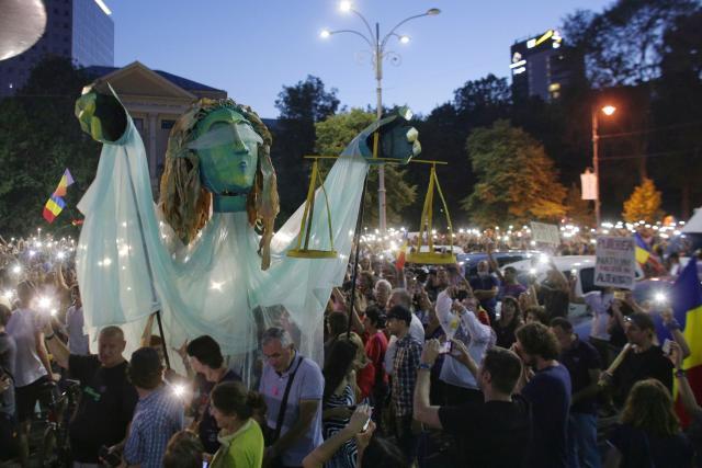 Protivládní demonstrace v Bukurešti (11. srpen 2018)