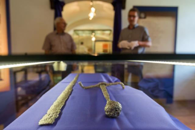Zlomený meč posledního Přemyslovce na výstavě v Hlučíně