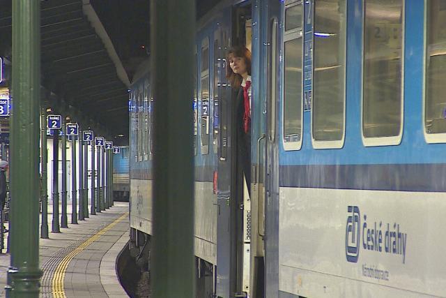 Na hlavní nádraží zajíždí jen třicet procent vlaků