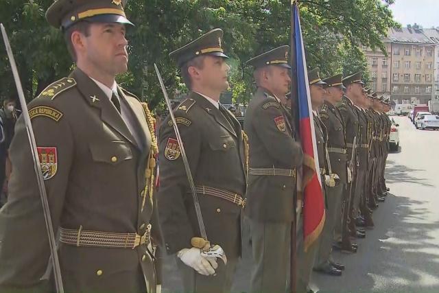 Armáda si připomněla výročí justiční vraždy generála Píky
