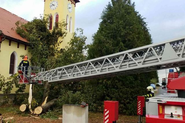 Zásah hasičů na Pardubicku