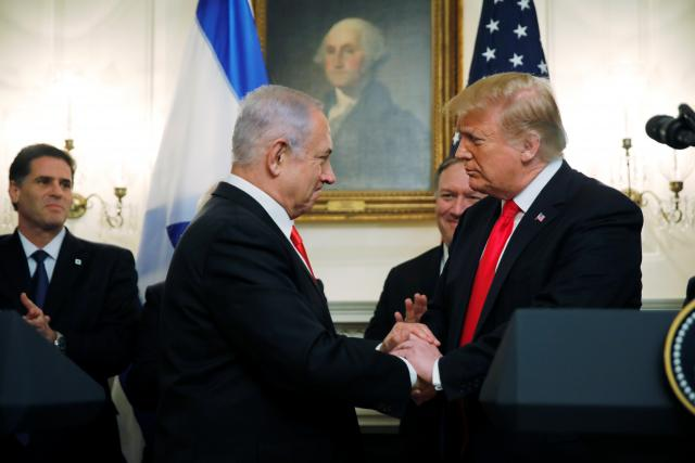 Benjamin Netanjahu a Donald Trump v Bílém domě