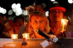 Lidé si v Šarm aš-Šajchu připomínají výročí tragédie ruského letadla