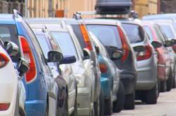 České Budějovice zavedou nové parkovací zóny v širším centru města už letos na podzim