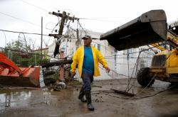 Odklízení škod po hurikánu na ostrově Portoriko