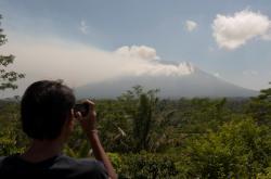Sopka Agung se probudila k životu