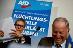 Volební lídři AfD Alice Weidelová a Alexander Gauland