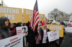 Demonstrace proti ukončení ochrany Salvadorců