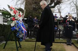 Prezident Miloš Zeman v Lánech uctil památku prvního československého prezidenta Tomáše Garrigua Masaryka