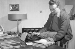 Spisovatel Pavel Kohout (1958)