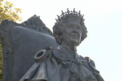 Socha královny Alžběty II.